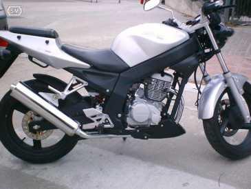 eine kleinanzeige lesen verkauft motorrad 125 cc daelim roadwin. Black Bedroom Furniture Sets. Home Design Ideas
